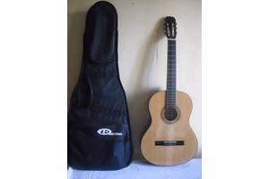 б/у Классические гитары Hohner