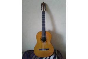 б/у Классические гитары Yamaha