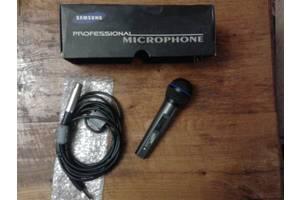 б/у Вокальные микрофоны