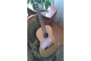 б/у Акустичні гітари
