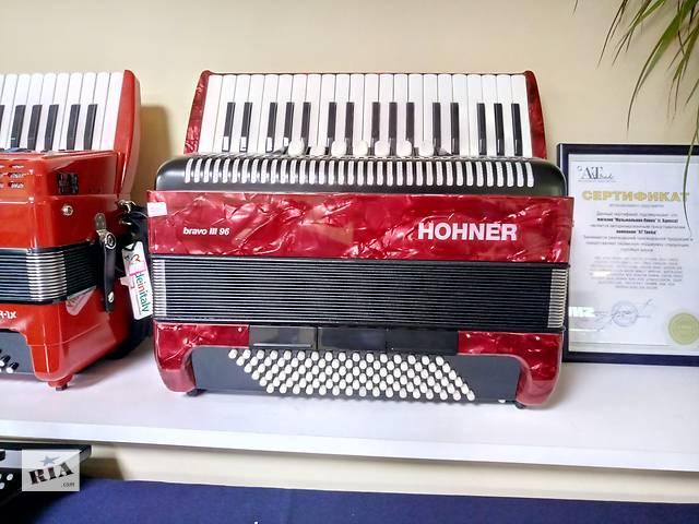 бу Продам новый аккордеон Hohner Bravo III 96 7/8 Красный в Одессе