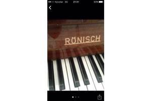 б/в Акустичні піаніно Ronisch