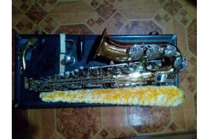 б/у Саксофоны