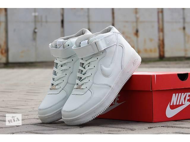 продам Мужские высокие кожаные кроссовки Nike Air Force зимние    бу в Хмельницком