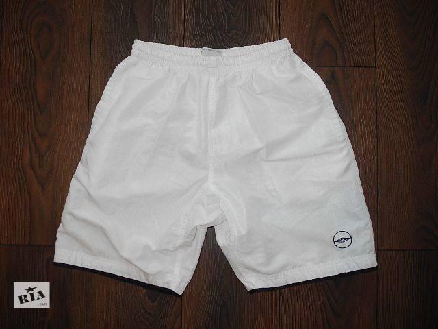 продам Мужские шорты белые UMBRO М бу в Полтаве