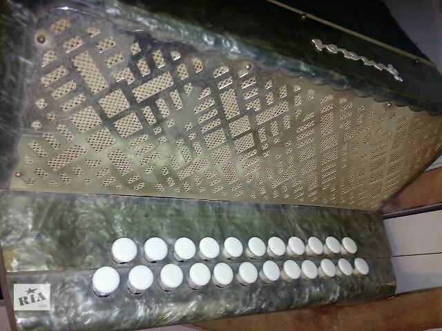 бу Музыкальные инструменты в Полтаве