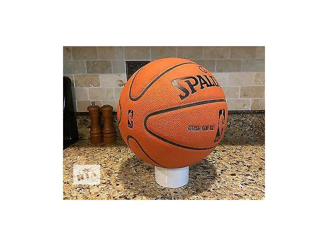 бу Мяч для баскетбола в Переяславе-Хмельницком