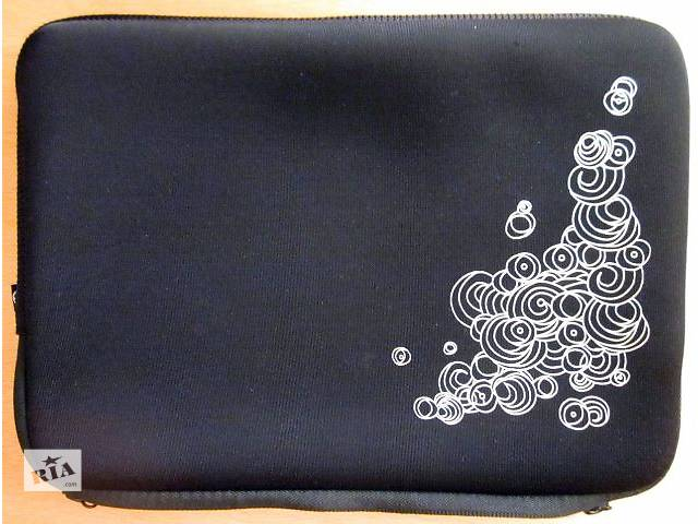 """бу Мягкий чехол на молнии черного цвета с белым рисунком 10"""" в Полтаве"""