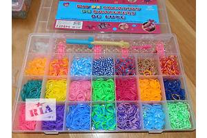 набор Loom Bands 4200 разноцветных резинок для плетения браслетов сувениров. для детей и родителей!