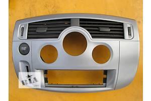 б/у Внутренние компоненты кузова Renault Scenic