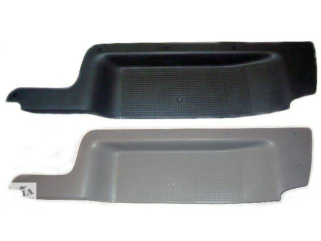 Накладка порога пассажир (8200041182 / 8200417613) Renault Trafic, Opel Vivaro, Nissan Primastar (Стеклопластик)- объявление о продаже  в Чернигове