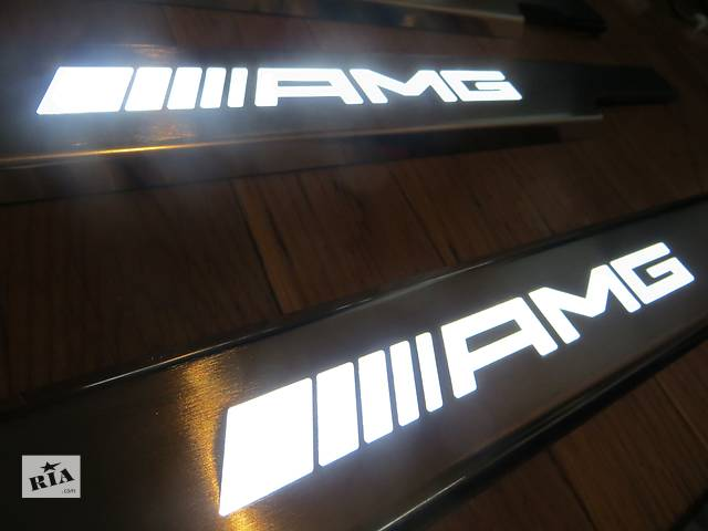бу Накладки на пороги  AMG Mercedes G-class W463-кузов. в Киеве