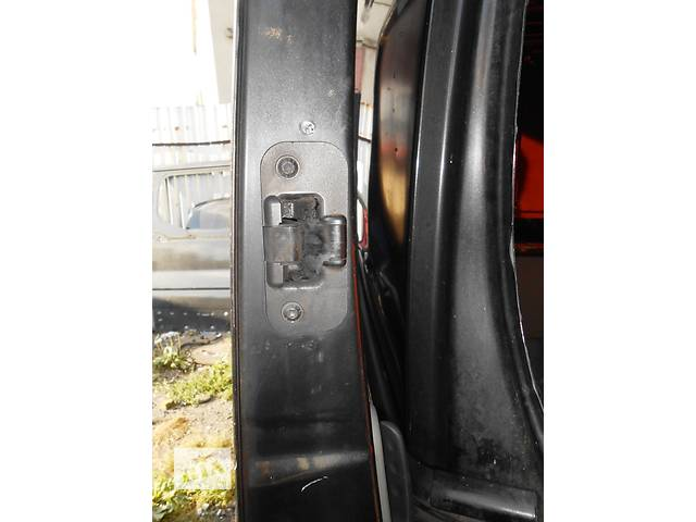 бу Направляющая бок двери на кузов Opel Vivaro Опель Виваро Renault Trafic Рено Трафик Nissan Primastar в Ровно