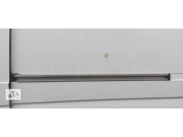 Направляющая бок двери рейка лыжа Мерседес Спринтер 906 (215, 313, 315, 415, 218, 318, 418, 518) 2006-12р- объявление о продаже  в Ровно