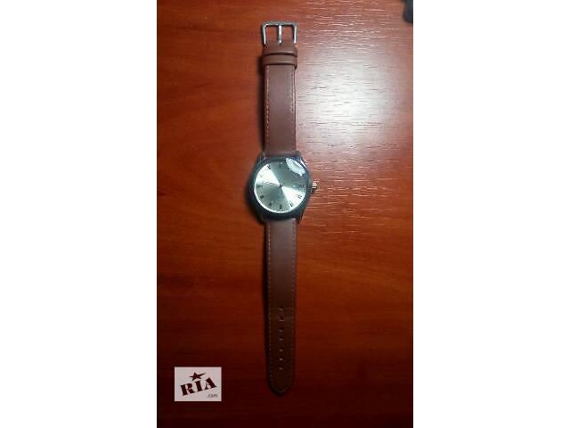 купить бу Наручные часы делового стиля в Запорожье