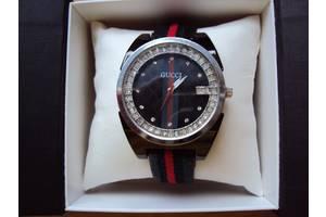 Наручные часы женские Gucci