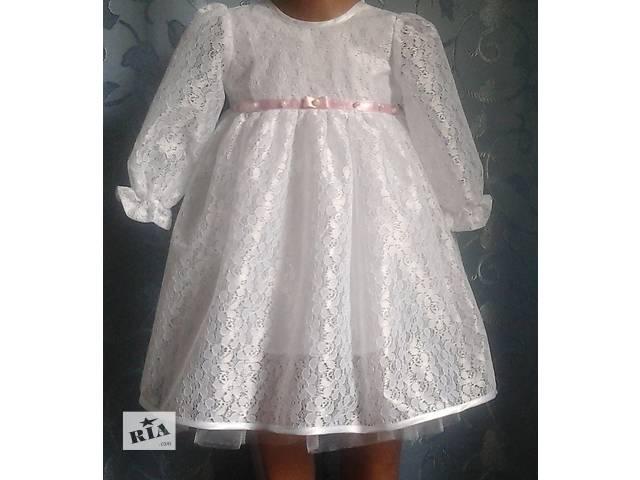 бу Нарядное детское платье, белое, модель № 23 в Хмельницком