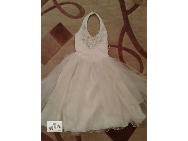 бу Нарядное платье для девочки в Курахово