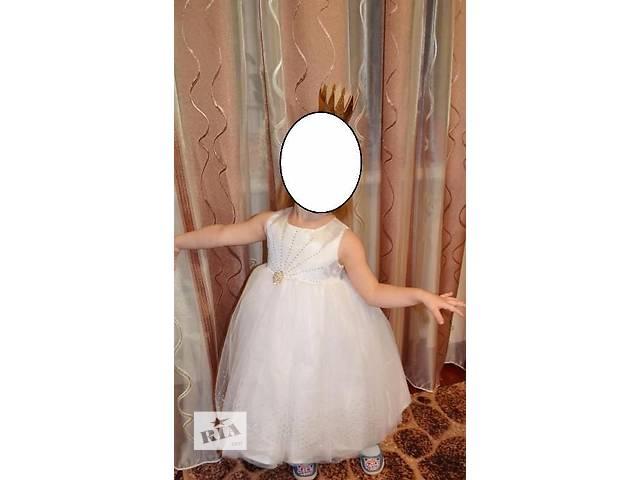 купить бу нарядное праздничное платье рост 98 см. в Мирнограде (Димитрове)