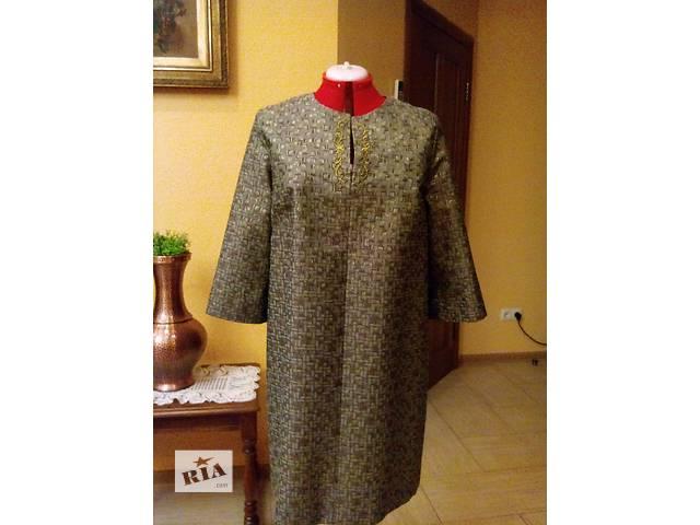 продам Нарядное женское платье бу в Киеве