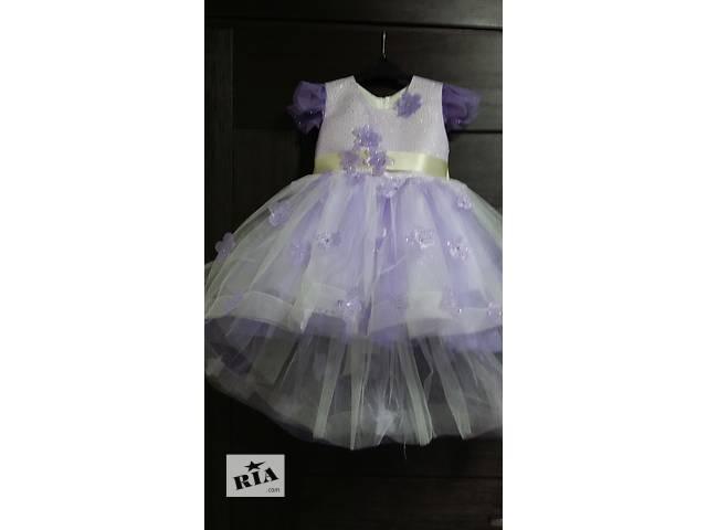 продам Нарядные платья для маленьких принцесс на 2-4,5 года бу в Киеве