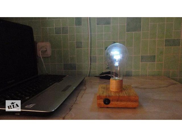 купить бу Настольная лампа лампочка в Киеве