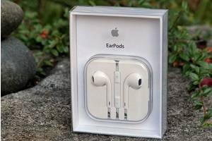 Проводная гарнитура Apple