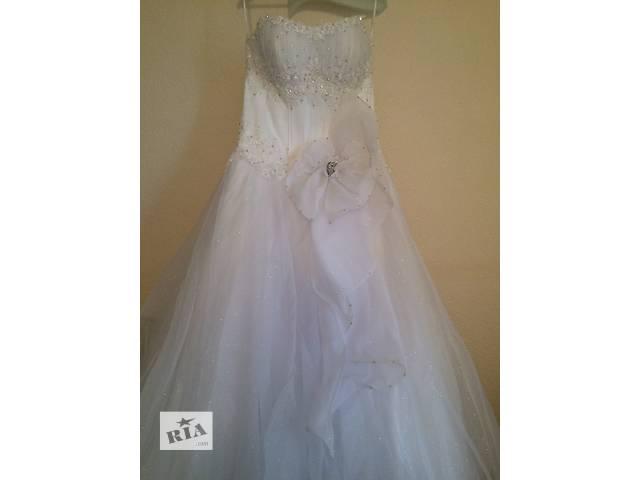 купить бу недорого-свадебное-платье!!! в Киеве