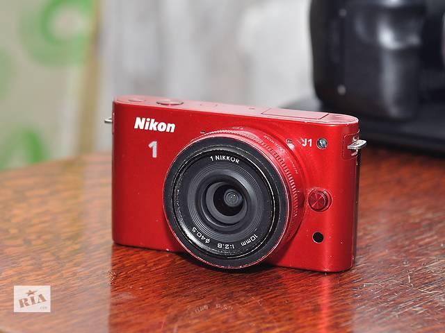 продам Nikon 1 J1 + Объектив 10мм 1:2.8 бу в Ровно