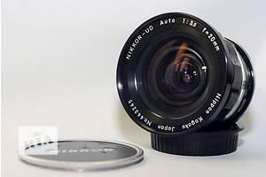 Широкоугольный объектив Nikon
