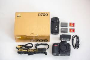 б/у Дзеркальні фотоапарати Nikon D700