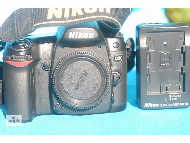 продам Nikon D80. Полный комплект. Новый. бу в Боровой