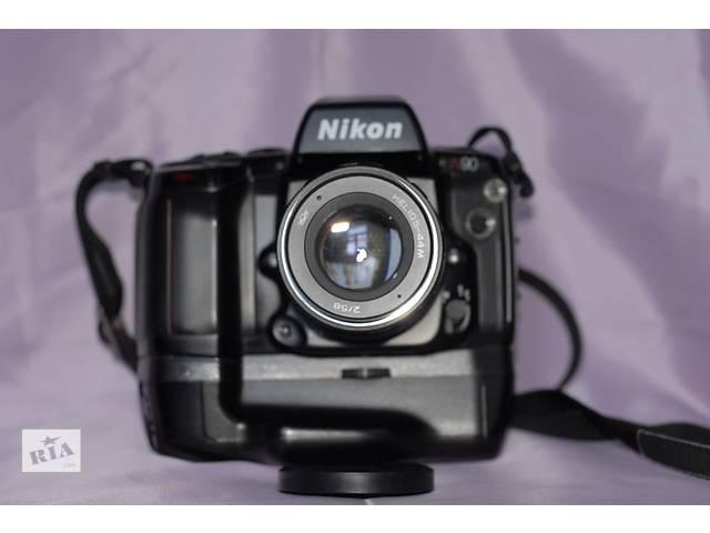 Nikon N90 с бустером МВ-10- объявление о продаже  в Боровой (Харьковской обл.)