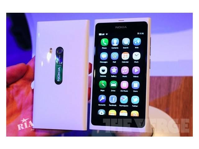 купить бу Nokia N9 Dual sim+Bluetooth+ Мощная батарея 7 стилей меню + Один год гарантии! в Одессе
