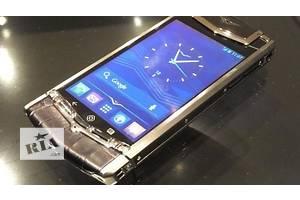 Nokia Vertu Ti Gold