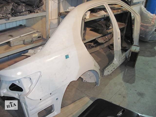 купить бу BYD F 3 Боковина крыло заднее правое для легкового авто в Киеве