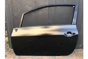 Новые Двери передние Toyota Auris