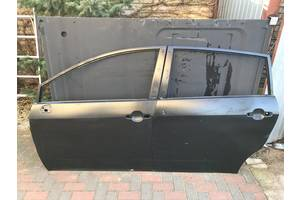 Новые Двери передние Toyota Corolla Verso