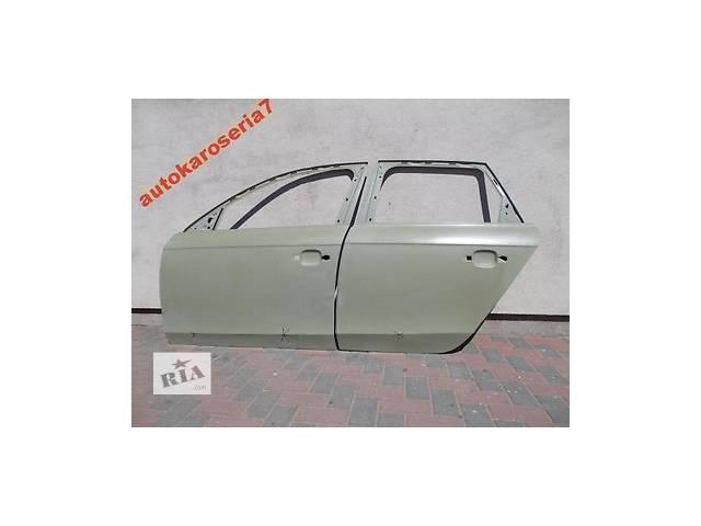 AUDI A4 комплект 4 шт Новая дверь передняя для легкового авто- объявление о продаже  в Бучаче