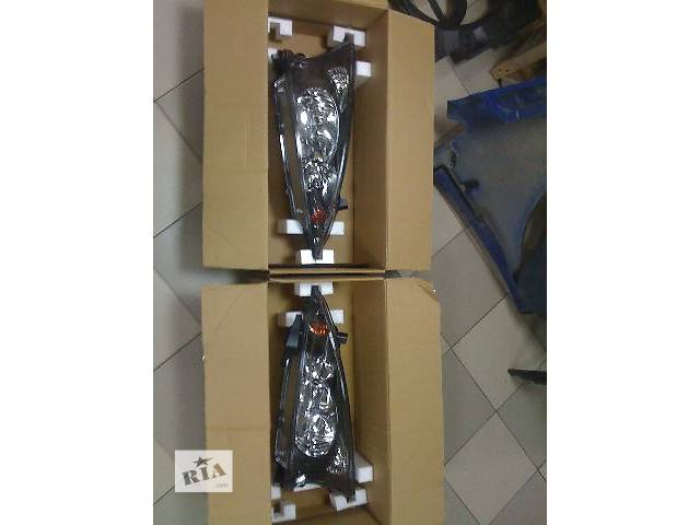 купить бу Новая фара передняя левая правая для легкового авто Mitsubishi Grandis 2004,2005,2006,2007,2008,2009,2010 в Одессе