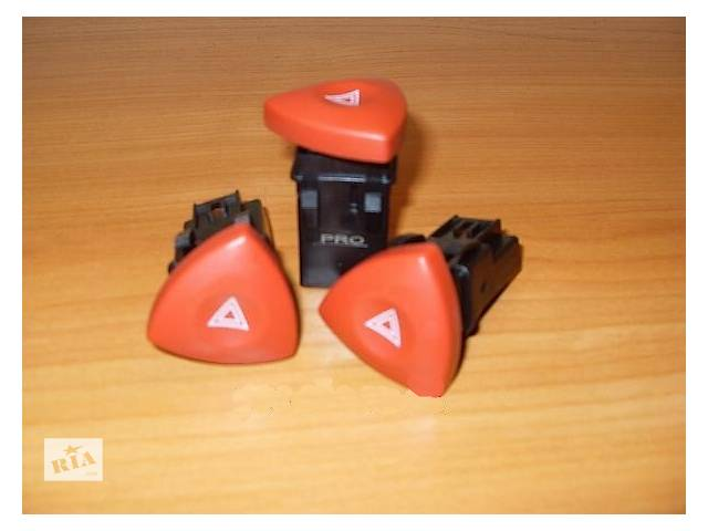 купить бу Новая кнопка аварийки для легкового авто Renault Trafic в Луцке