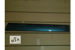 Новые Накладки двери (листва) Subaru Outback