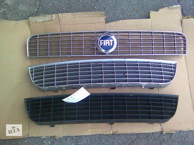 купить бу Новая решётка бампера для хэтчбека Fiat Grande Punto 2003 в Херсоне
