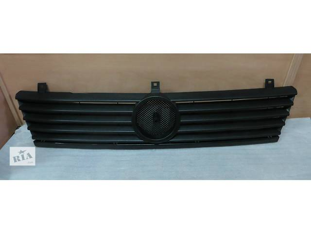 купить бу Новая решётка радиатора для Mercedes Vito 638 (96-03) в Кременчуге