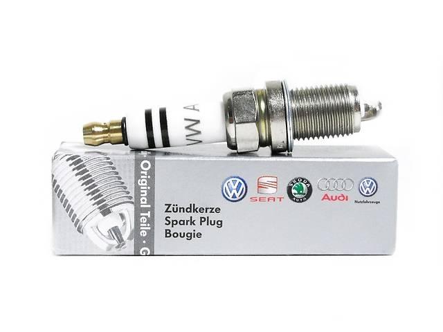 купить бу Новая свеча зажигания для легкового авто Volkswagen  03F905600A в Хмельницком