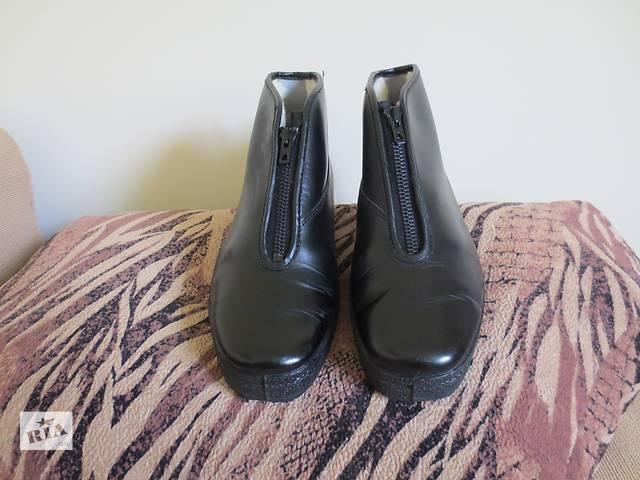 продам Новые высококачественные импортные кожаные ботинки черного цвета бу в Тернополе