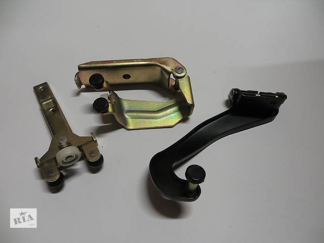 купить бу Новое Комплект роликов боковой двери Mercedes Vito 638 (96-03) в Кременчуге