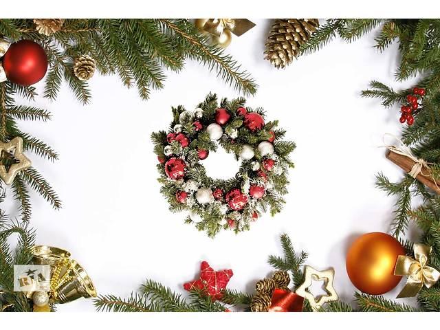продам Новогодние скатерти - устройте себе праздник Новогодние подарки бу в Киеве