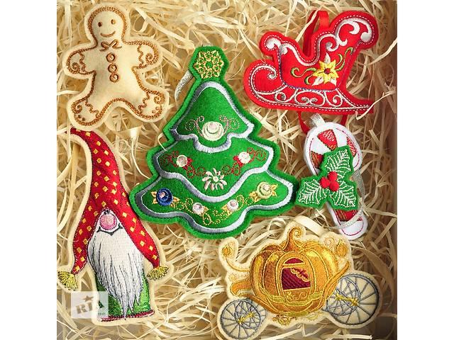 Новогодние игрушки из ФЕТРА, Вышивка. Happy New Year. 6шт- объявление о продаже  в Одессе