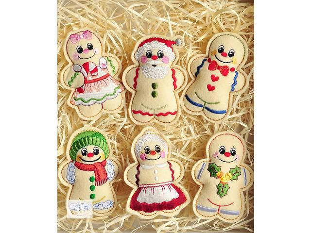 купить бу Новогодние игрушки из ФЕТРА, Вышивка. Семья снеговиков. 6шт. в Одессе